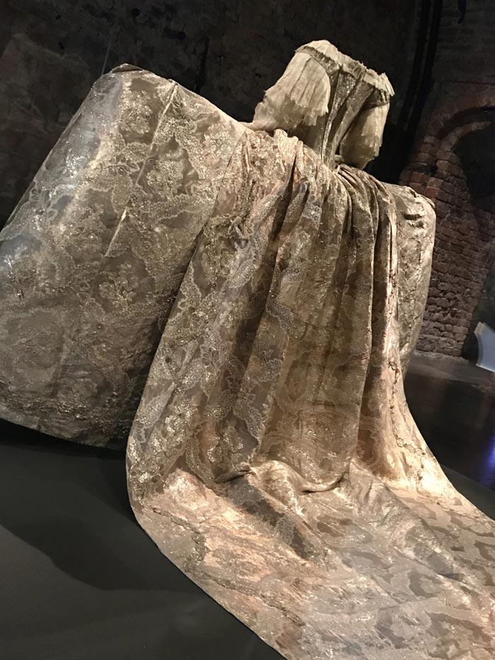 Sofia Magdalena's weeding dress at the Royal Palace